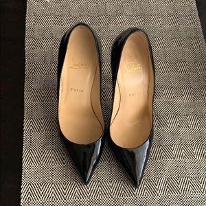Gorgeous Christian Louboutin So Kate shiny black